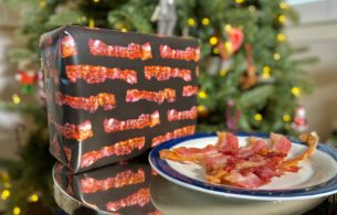 bacon scented wrapping paper